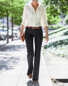15 Pieces to a Perfect Business Casual Wardrobe - 15 Ideas for Business Casual Attire – PureWow Source by EssenceofStyleDotCom - Business Casual Dress Code, Business Casual Outfits For Women, Smart Casual Outfit, Casual Work Outfits, Business Attire, Mode Outfits, Work Casual, Business Fashion, Casual Boots