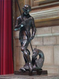 escultura a la Generalitat de Catalunya