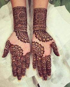 Mehndi is something that every girl want. Arabic mehndi design is another beautiful mehndi design. We will show Arabic Mehndi Designs. Henna Hand Designs, Dulhan Mehndi Designs, Rajasthani Mehndi Designs, Mehndi Designs Finger, Full Hand Mehndi Designs, Simple Arabic Mehndi Designs, Mehndi Designs For Girls, Mehndi Designs For Beginners, Bridal Henna Designs