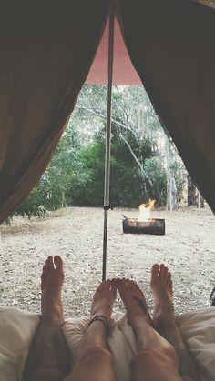 World Camping. Tips, Tricks, And Techniques For The Best Camping Experience. Camping is a great way to bond with family and friends. Adventure Awaits, Adventure Travel, Adventure Holiday, Adventure Couple, Camping Sauvage, Destination Voyage, Go Camping, Camping Ideas, Camping Cooking