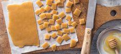 Karamellbonbons Rezept - REWE.de Anstatt, Waffles, Dairy, Cheese, Breakfast, Food, Thanksgiving Menu, Pistachios, Souffle Dish