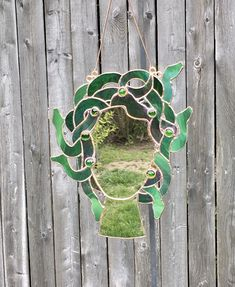 Stained Glass Mirror, Stained Glass Projects, Stained Glass Patterns, Mosaic Glass, Glass Design, Medusa, Creations, Arts And Crafts, Crafty