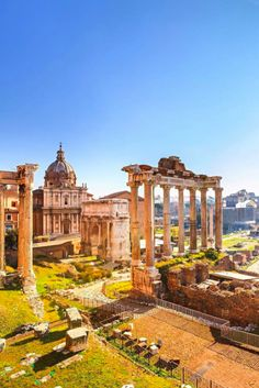 Our Umbrian Discovery tour weaves between the crumbling ruins and vibrant nightlife of Italy's eternal city. Beautiful Sites, Visit Italy, Real People, Ancient History, Nightlife, Italy Travel, Countryside, Monument Valley, Discovery