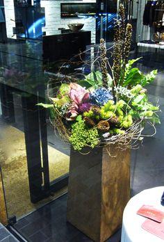 Flower Noritake 名古屋、栄の花屋。生花販売、教室、ブライダル、ディスプレイ、庭仕事