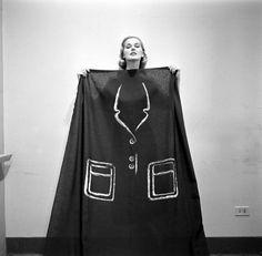 1952, Hermes Paris trompe l'oeil dress (via coutureallure.blogspot.com)
