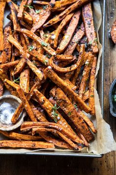 Herb Butter Baked Sweet Potato Fries - replace parm cheese w/ nutritional yeast Vegetarian Recipes, Cooking Recipes, Little Lunch, Fried Potatoes, Baked Sweet Potatoes, Oven Potatoes, Half Baked Harvest, Herb Butter, Sweet Potato Recipes