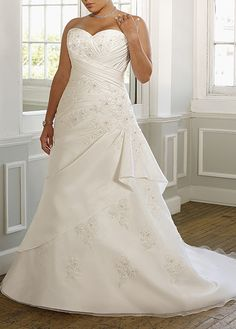 Buy discount Elegant Taffeta & Organza Satin A-line Strapless Sweetheart Neckline Plus Size Wedding Dress With Lace Appliques,Beadings and Manmade Diamonds at dressilyme.com