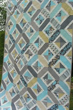 "Yet another version of Amy Smart's ""Double Crossed"" quilt pattern.  I love the…"