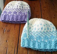 FREE PATTERN! Ravelry  Mini Snowblast Hat pattern by Rachel Gutshall pdf  downlaod available here de52bfec15fb