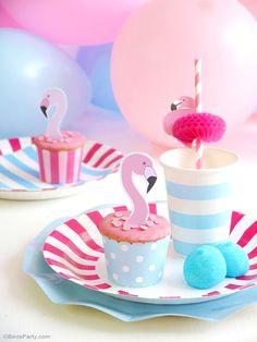 Flamingo Pool Party Birthday Tablescape Decor - BirdsParty.com