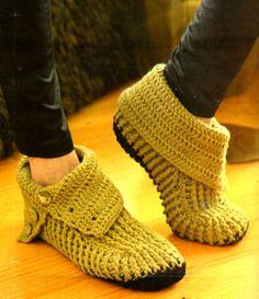 tejidos artesanales en crochet: botas tejidas en crochet