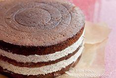 TORT CU NUCI SI CIOCOLATA Food Cakes, Vanilla Cake, Cake Recipes, Desserts, Cakes, Tailgate Desserts, Deserts, Recipes For Cakes, Postres