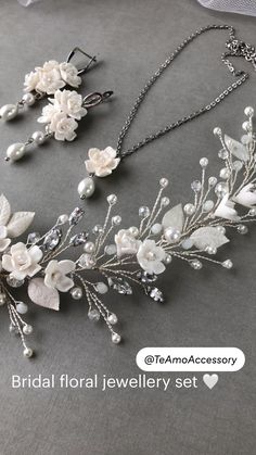 Wedding Jewelry For Bride, Bridal Jewelry, Diy Earrings Easy, Weird Jewelry, Trendy Jewelry, Hand Embroidery Patterns Flowers, Headpiece Jewelry, Handmade Wire Jewelry, Bride Hair Accessories