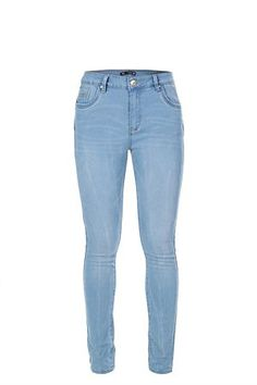 Stone wash. Regular rise waist. Whisking detail. Skinny Fit.<BR><BR>Fabric Content:<BR>76% Cotton / 22% Polyester / 2% Lycra-woven<BR><BR>Wash Care:<BR>Machine washable