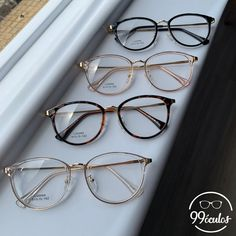 Cute Glasses Frames, Jewelry Accessories, Fashion Accessories, Fashion Eye Glasses, Cute Sunglasses, Four Eyes, Girls With Glasses, Anklets, Things To Buy