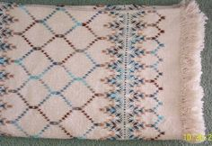 Swedish Weaving Club: Faye's New Swedish Weaving Afghan Swedish Embroidery, Vintage Embroidery, Weaving Designs, Weaving Projects, Cross Stitch Charts, Cross Stitch Patterns, Free Swedish Weaving Patterns, Chicken Scratch Embroidery, Monks Cloth