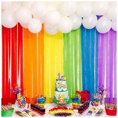 Girl Birthday Themes, Unicorn Birthday Parties, Unicorn Party, Baby Birthday, Rainbow First Birthday, Rainbow Theme, Rainbow Party Decorations, Birthday Party Decorations, Festa Toy Story