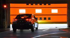 Toyota zeigt Transparenz! Mit dem Mirai, was übersetzt Zukunft bedeutet, läutet der japanische Autohersteller eine neue Ära ein.Die Ära desBrennstoffzellenfahrzeugs!