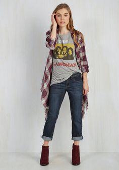 Crop on the Bandwagon Jeans - Blue, Solid, Casual, Urban, Skinny, Spring, Denim, Mid-Rise, Capri, Pockets, Basic