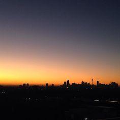 Sydney Skyline looking beaut last night! #Sydney #Australia #skyline #sunset #nofilter by laurawebb12 http://www.australiaunwrapped.com/ #AustraliaUnwrapped