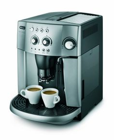 De'Longhi Magnifica ESAM4200 15-Bar Bean to Cup Espresso/Cappuccino Maker, Silver Bean to Cup Coffee Maker 15 Bar Pressure Stainless Steel Milk Frothing Arm Simple 1-Touch
