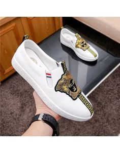 Versace Casual Shoes For Men Versace Slippers, Versace Shoes, Versace Fashion, Versace Sneakers, Top Shoes For Men, Versace Jacket, Mens Fashion Shoes, Pretty Shoes, Swagg