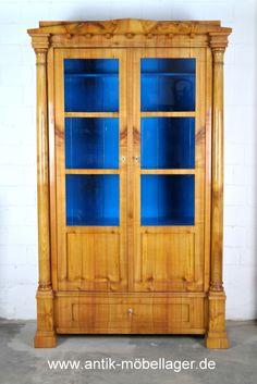 biedermeier vitrine um 1820 aus kirschholz biedermeier furniture cabinet 1820s restored