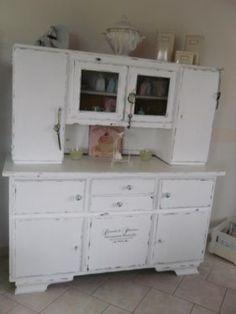 Biete Hier Einen Alten Küchenschrank An. Der Schrank Wurde Von Mir Im  Shabby Chic Look