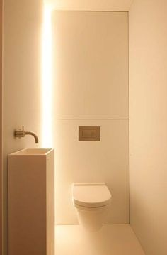 VOLA Taps for bathroom aseo Govaert and Vanhoutte Bathroom Spa, Bathroom Toilets, Modern Bathroom, Bathroom Ideas, White Bathrooms, Guest Toilet, Small Toilet, Small Downstairs Toilet, Bad Inspiration