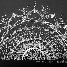 Rajzmeditáció© felnőtteknek - 2018. október 7.,vasárnap Zentangle, Mandala, Playing Cards, Doodles, Tapestry, Artist Art, Workshop, Draw, Hanging Tapestry