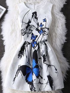 Graceful Butterfly Pattern High Waist Dress is truly a graceful dress. Those women who like to look graceful and sophisticated should have one in the closet Cute Dresses, Beautiful Dresses, Vintage Dresses, Casual Dresses, Fashion Dresses, Summer Dresses, Crazy Dresses, Mini Dresses, Fashion Clothes