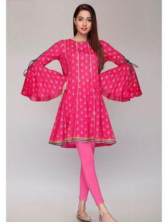 Rang Ja Latest and Trendy Eid Collection for Girls 2019 Pakistani Fashion Casual, Pakistani Dresses Casual, Pakistani Dress Design, Indian Dresses, Indian Fashion, Sleeves Designs For Dresses, Dress Neck Designs, Blouse Designs, Girls Dresses Sewing