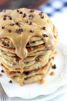 Peanut Butter Chocolate Chip Pancakes need to be on your table this weekend. What a way to spend your morning.