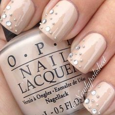 Nude nails @Pascale Lemay Lemay De Groof