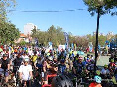 O 25 de Abril também se comemora de bicicleta - Câmara Municipal da Amadora