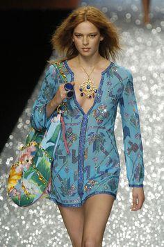 Gai Mattiolo milan-fashion-week fall 2005