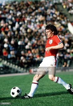 circa 1980 England's Steve Coppell on the ball Steve Coppell was a regular in the Manchester United side 19751983 and was a nippy right winger fast...