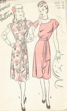 Vintage 1940's Drape Front Dress: love that floral print version.