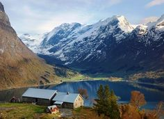 Segestad- Hjelledalen-Nordfjord-Sogn og Fjordane-Norway