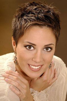 Lorena Nosić: Kratka kosa i zarazan osmijeh njen su 'potpis'