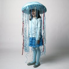DIY kid's halloween costume (tutorial on site), Jelly Fish.