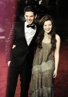 Ben Barnes (Caspian) and Georgie Henley (Lucy)...woah I can't...look at how much older they are! ahhh