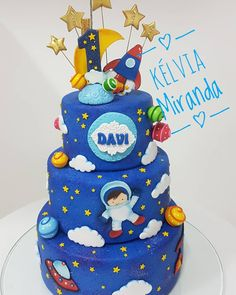 Baby Boy 1st Birthday Party, Baby Birthday Cakes, Third Birthday, Birthday Celebration, Birthday Party Themes, Space Cupcakes, Planet Cake, Astronaut Party, Construction Birthday Parties