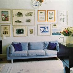 Frames and couch color