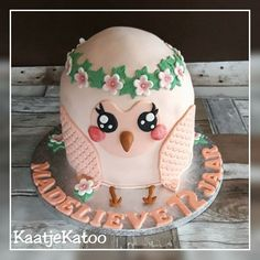 Uil-taart Cake, Desserts, Food, Tailgate Desserts, Deserts, Food Cakes, Eten, Cakes, Postres
