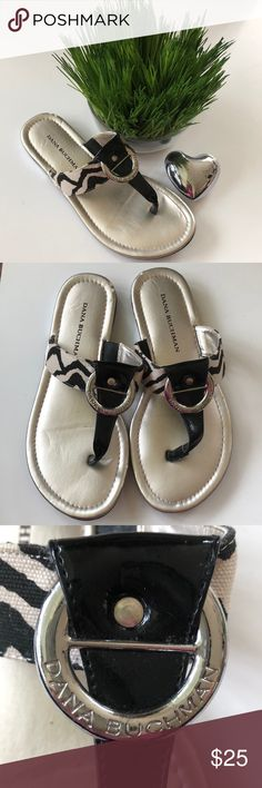 e4b7f2fc9785 Shop Women s Dana Buchman Black White size Flats   Loafers at a discounted  price at Poshmark.