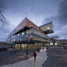 New Halifax Central Library: Location: Halifax, NS, Canada Year of Construction: 2014 Architects: Schmidt Hammer Lassen Architects , Fowler Bauld & Mitchell A cantilevered volume extends Library Architecture, Facade Architecture, School Architecture, Landscape Architecture, Contemporary Architecture, Modern Library, Library Design, Schmidt