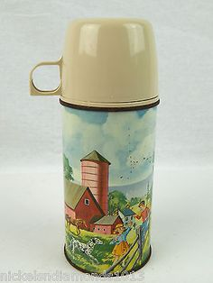 Vintage 1962 Metal Pets and Pals thermos American Thermos Company Domed CLEAN Vintage Lunch Boxes, Vintage Picnic, Vintage Love, Retro Vintage, Camping Room, Lunch Box Thermos, Coffee Bar Home, Cabin Decorating, Chuck Wagon