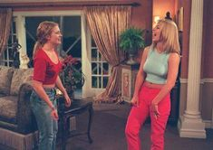 """Melissa Joan Hart's BFF Britney Spears dropped by in """"No Place Like Home."""" They were promoting Drive Me Crazy and the Britney single."""