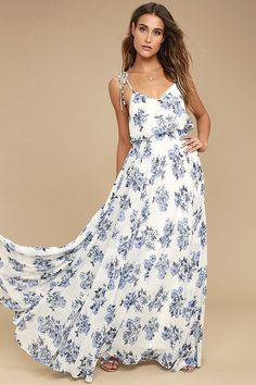We are swooning over the Pollen for You Blue and White Floral Print Maxi Dress! A stunning blue and white floral print dances over this chiffon maxi dress. Floral Dress Outfits, White Floral Dress, Floral Print Maxi Dress, Chiffon Maxi Dress, Dress Casual, Blue And White Dress, Maxi Skirts, Print Chiffon, Formal Dress